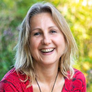 Speaker - Claudia Schwarz